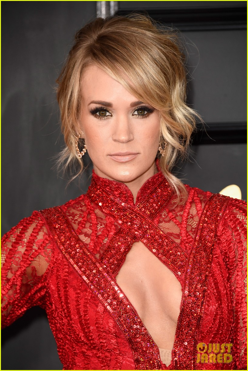 carrie underwood photographed 014006994