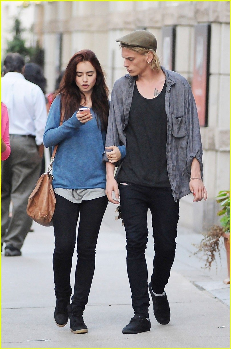 When Did Jamie And Lily Start Dating