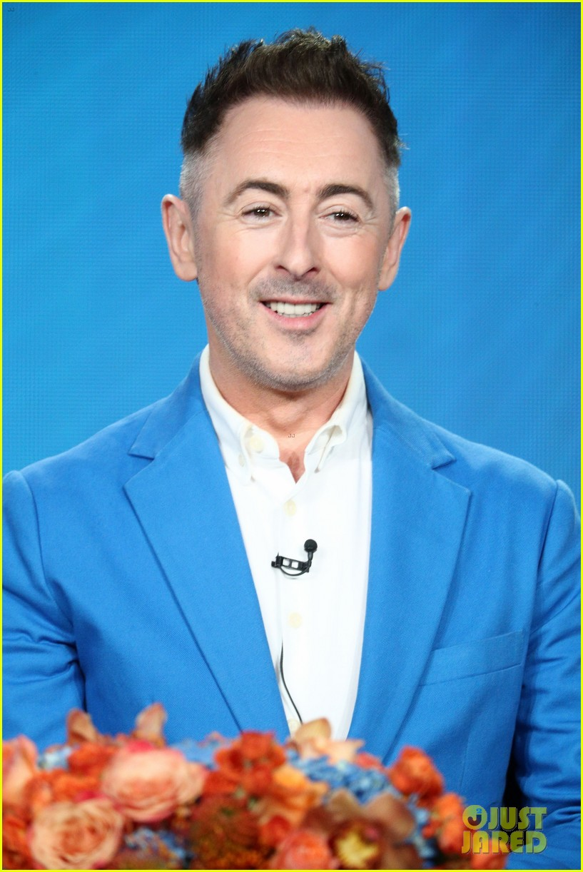 alan cumming will play first openly gay lead character in a network tv drama 014011470