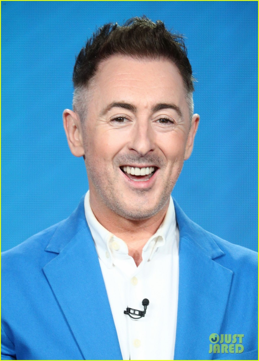 alan cumming will play first openly gay lead character in a network tv drama 104011479