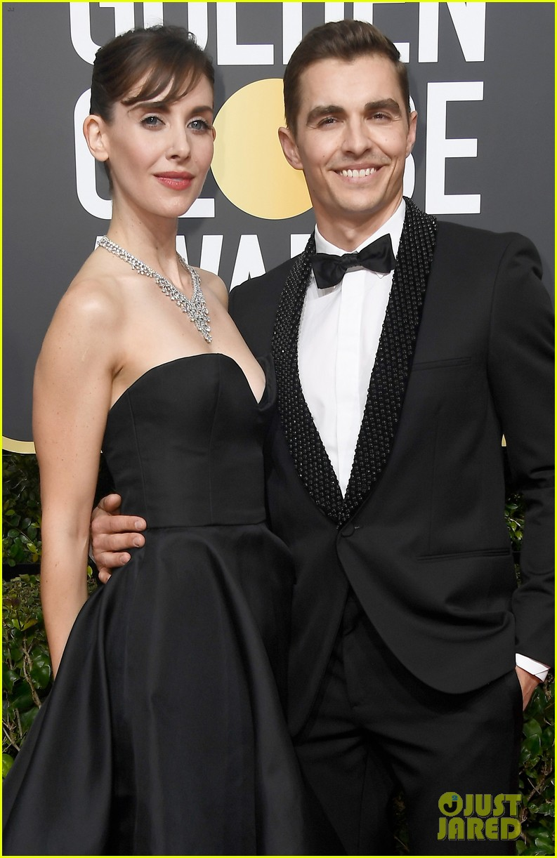 Dave franco alison brie couple up at golden globes 2018 photo dave franco alison brie couple up at golden globes 2018 m4hsunfo