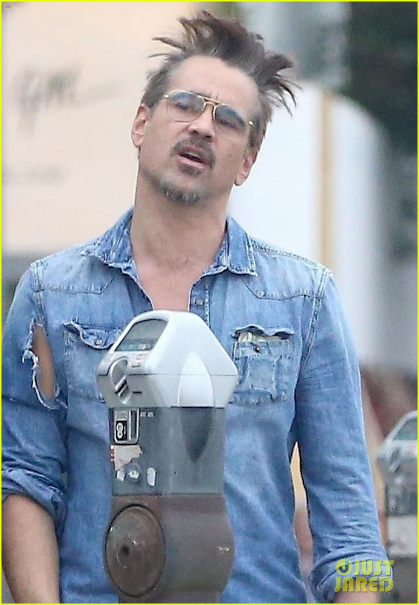colin farrell looks totally bummed after getting a parking ticket 024007741