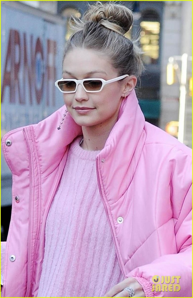 gigi hadid brightens up the streets of new york city 044011799