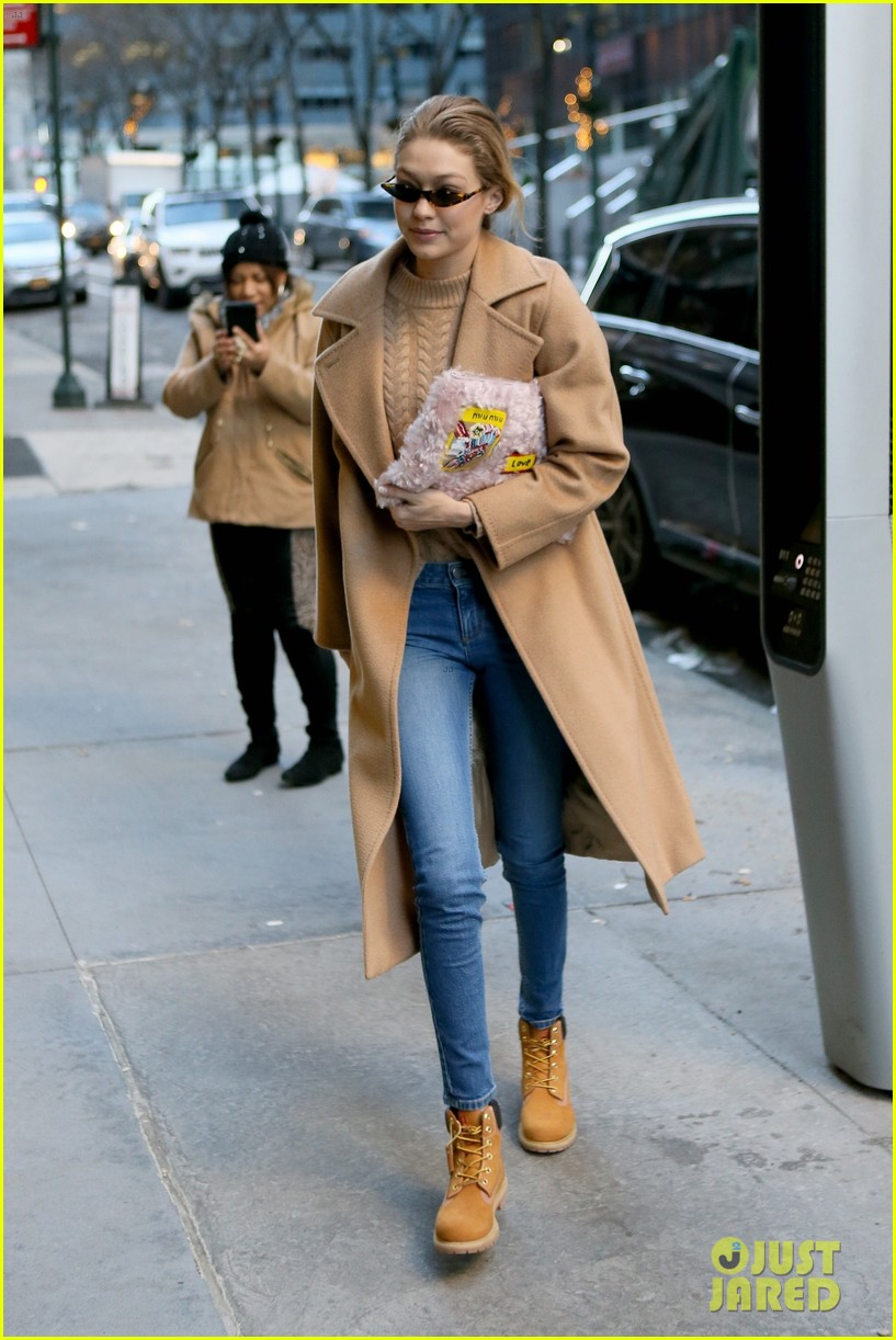 gigi bella hadid step out on separates sides of the world 014014311