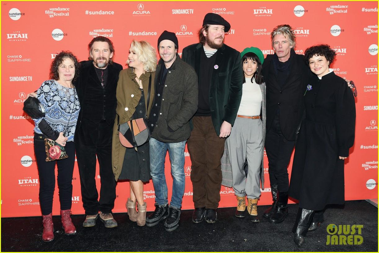 ethan hawke joaquin phoenix jason segal debut films at sundance film festival 2018 094019414