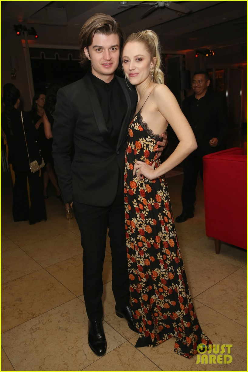 lily james joins boyfriend matt smith more at netflix sag awards after party 194019258