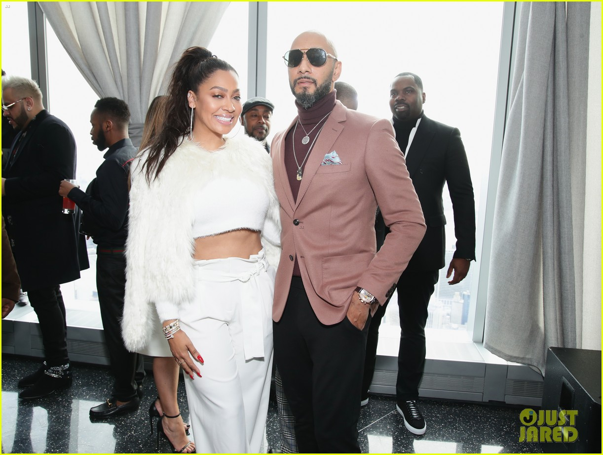 jay z joins diddy cassie at roc nation grammys 2018 brunch 054022094