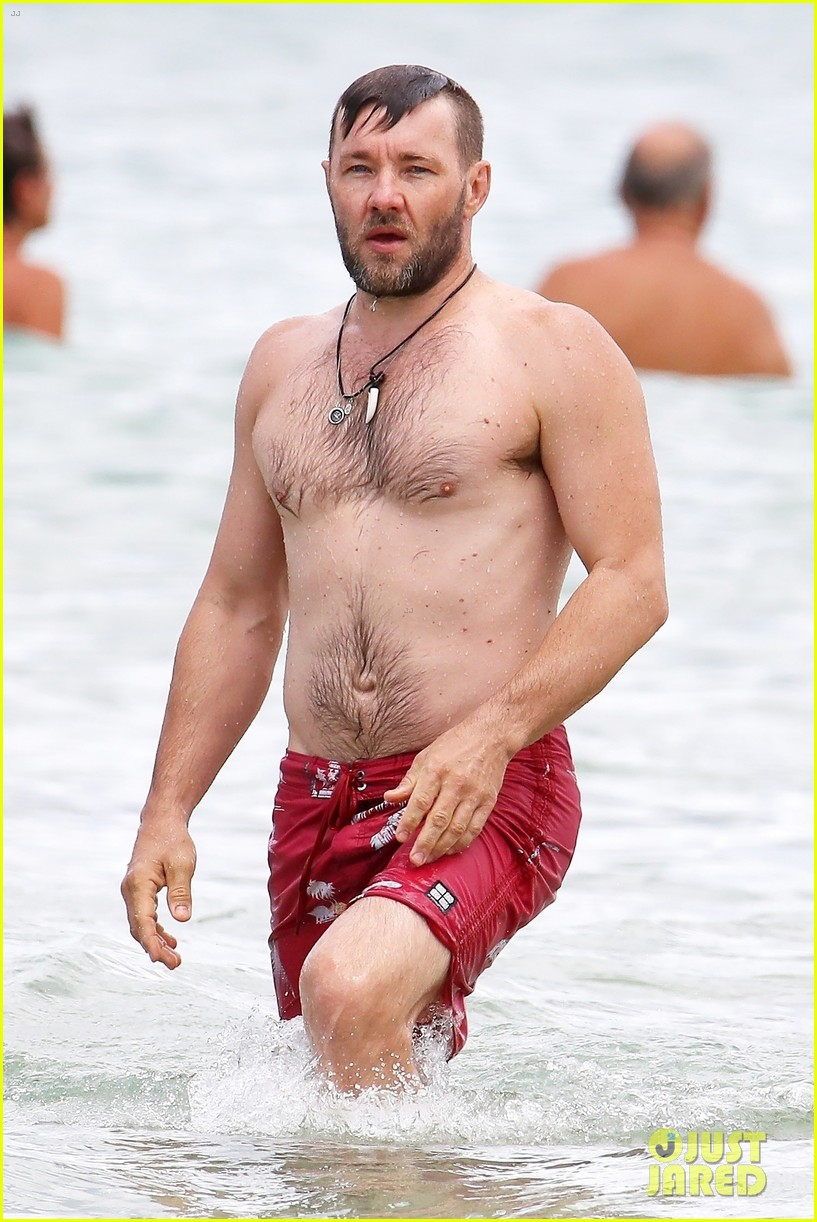 joel edgerton shirtless swim sydney 024014790