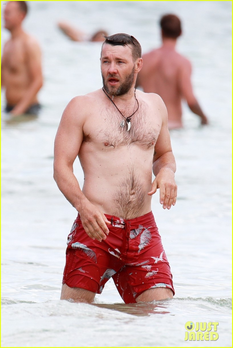 joel edgerton shirtless swim sydney 034014791
