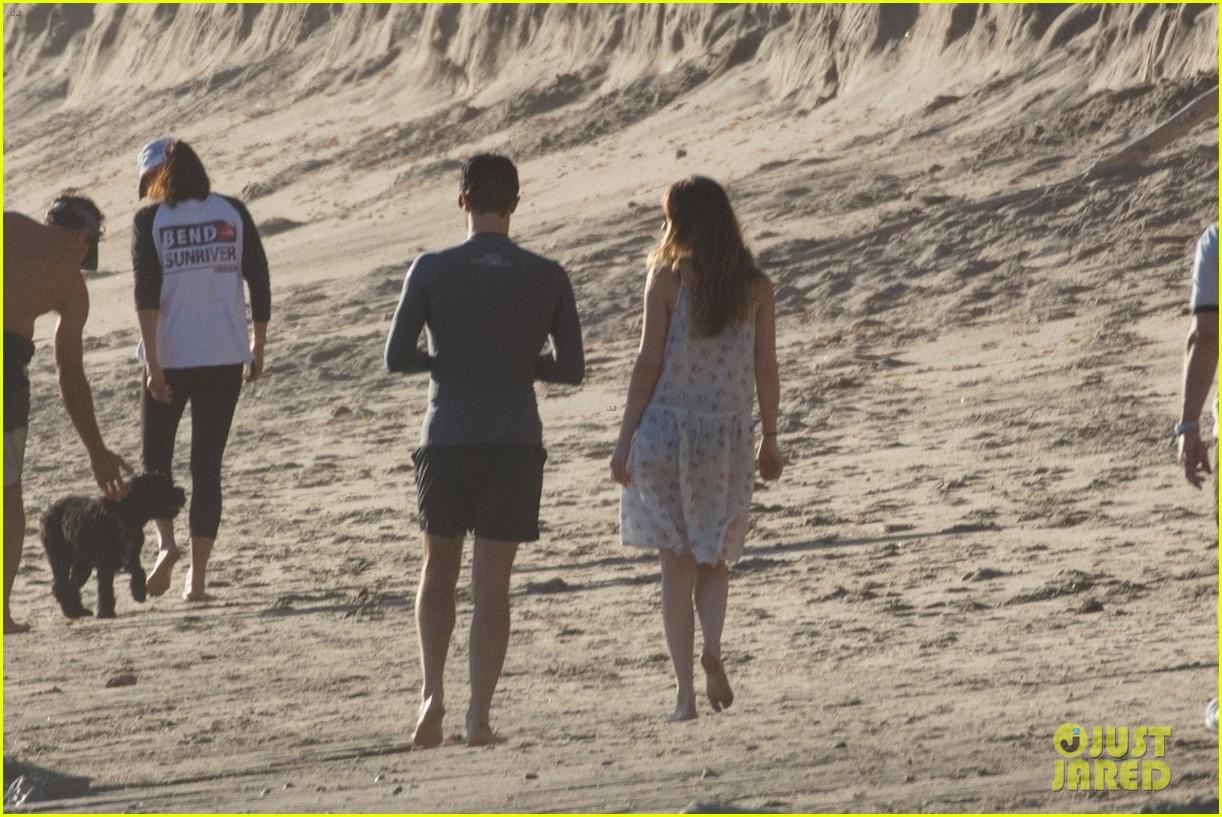 dakota johnson chris martin beach photos 254015223
