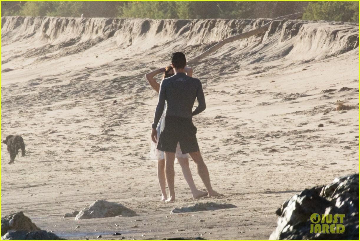 dakota johnson chris martin beach photos 344015232