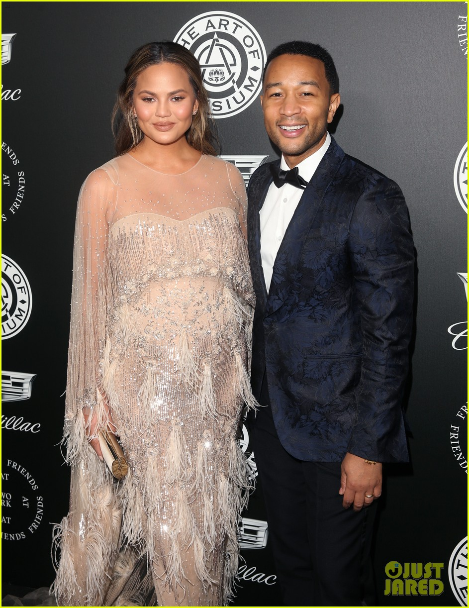 john legend chrissy teigen make one stylish couple at art of elysium gala 054008910