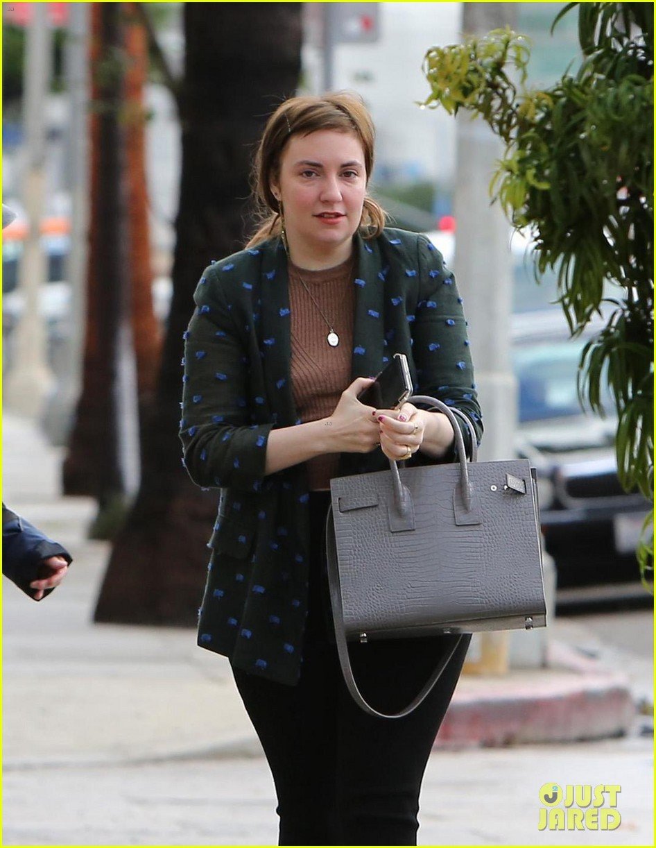lena dunham split first time out 014011738