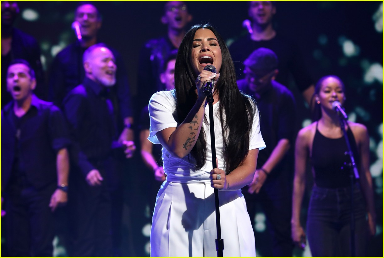 demi lovato reveals name of upcoming tour with dj khaled 054014572