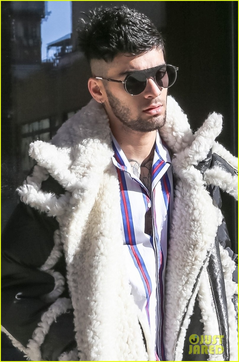 zayn malik steps out after celebraring his birthday in nyc 044014236