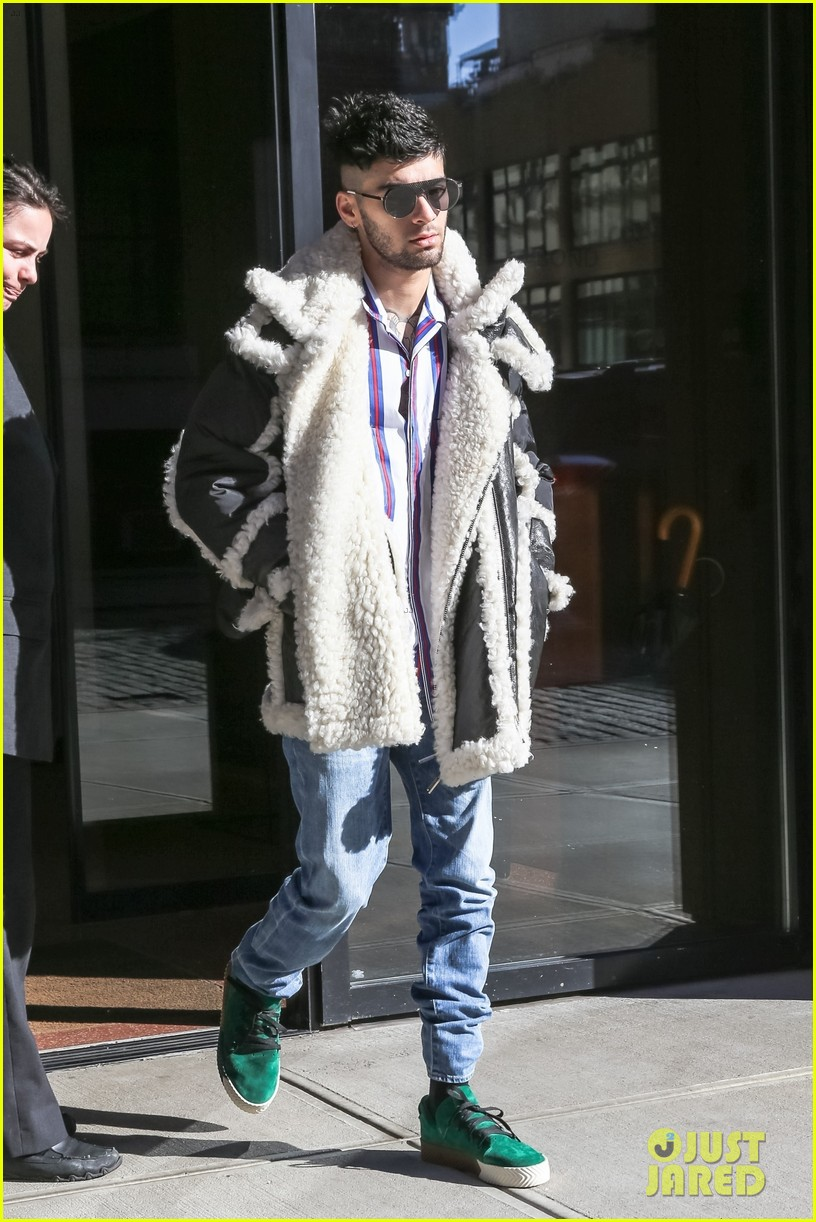 zayn malik steps out after celebraring his birthday in nyc 074014246