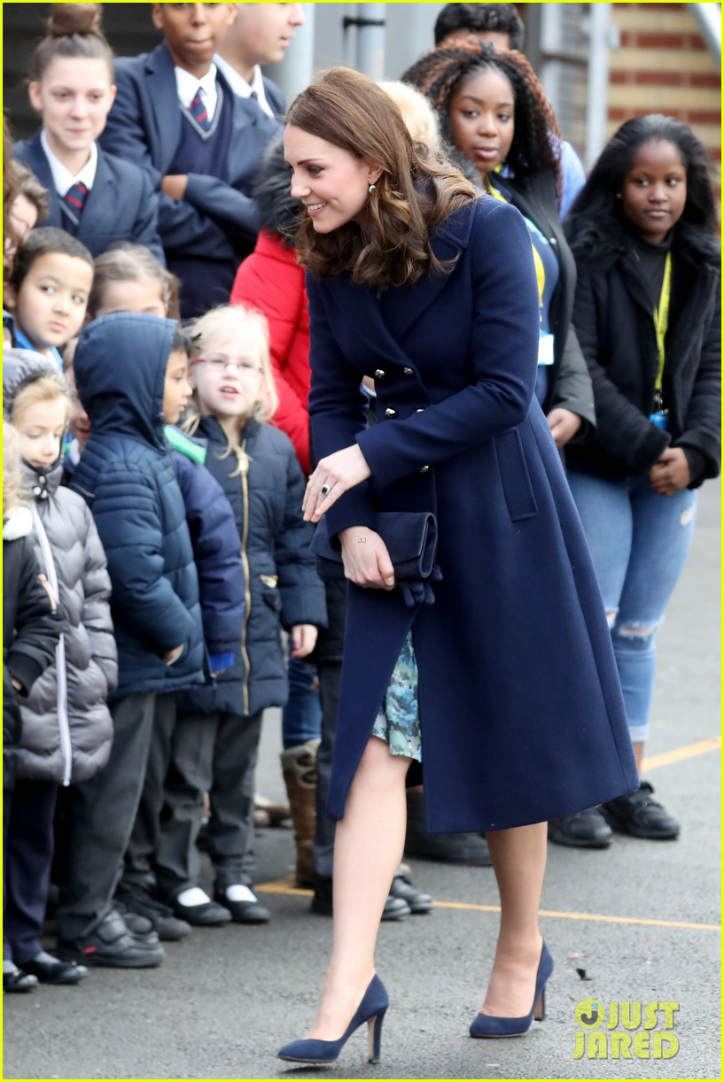 Communication on this topic: Kate Middleton Shows Off Baby Bump At , kate-middleton-shows-off-baby-bump-at/