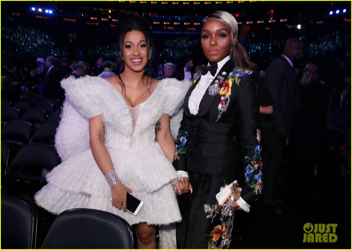 janelle monae delivers powerful grammys 2018 speech for times up 034023277