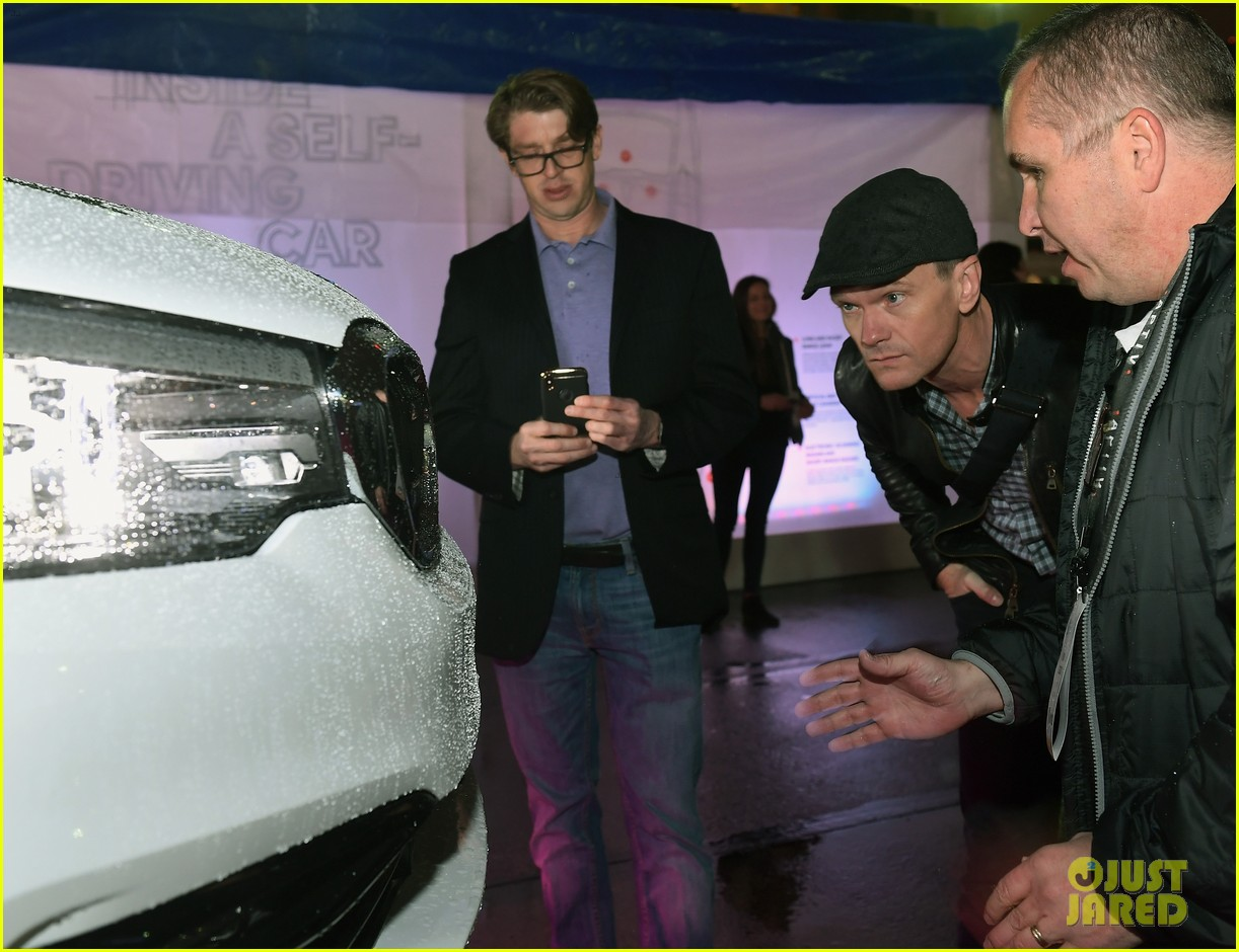 neil patrick harris checks out a self driving car with lyft 104012044