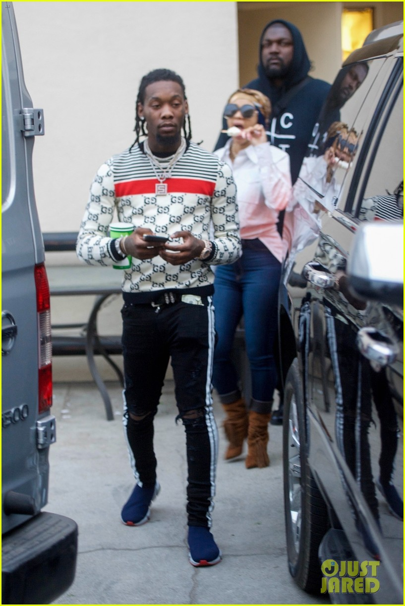 Cardi B Fiance Offset Spend the Day at the Jewelry Store Photo