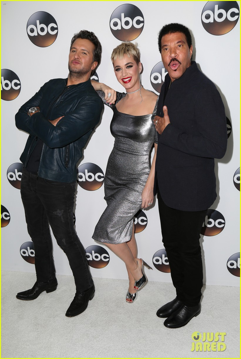 katy perry tracee ellis ross chloe bennet lead star studded abc winter tca party 034011494