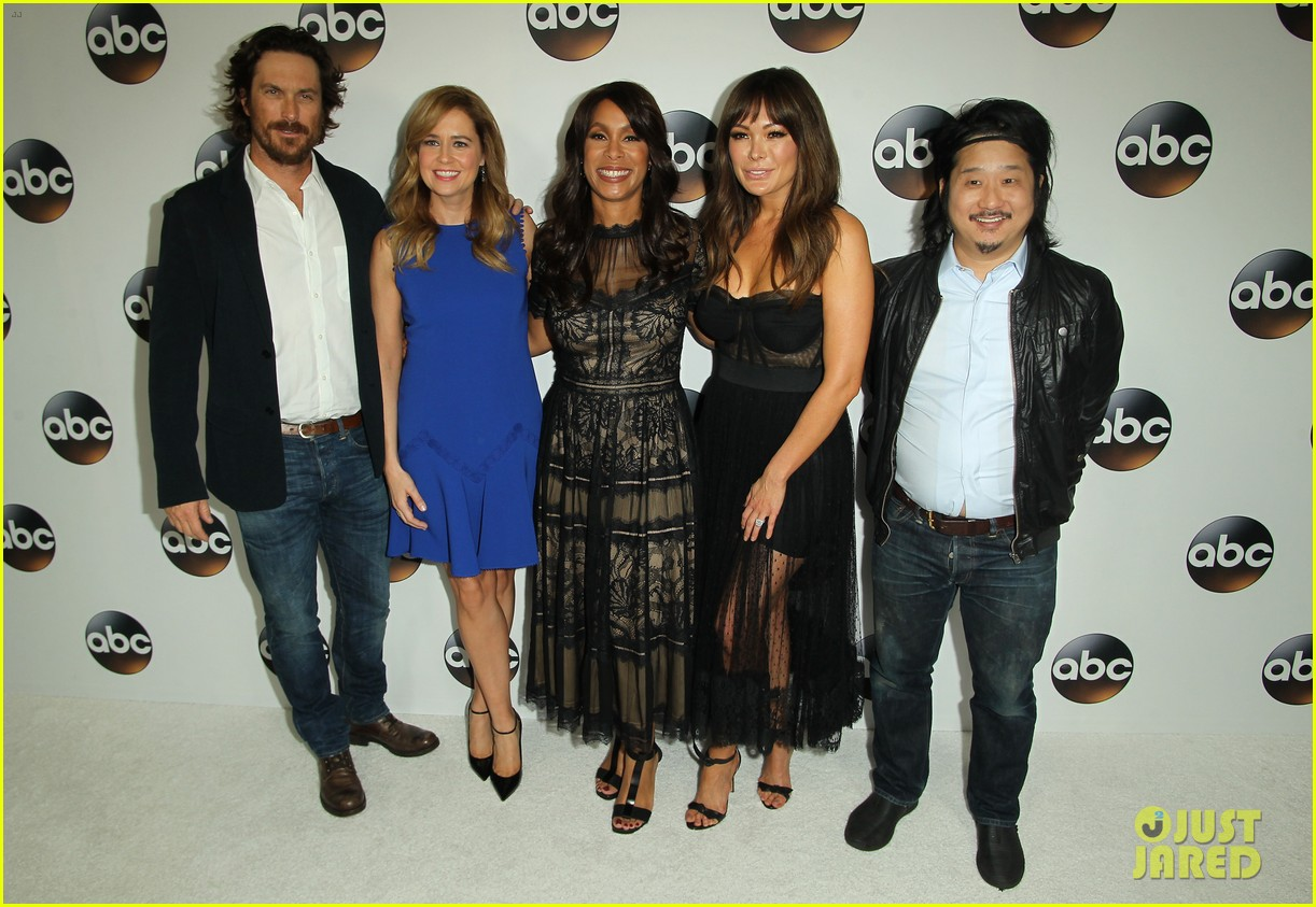 katy perry tracee ellis ross chloe bennet lead star studded abc winter tca party 044011495