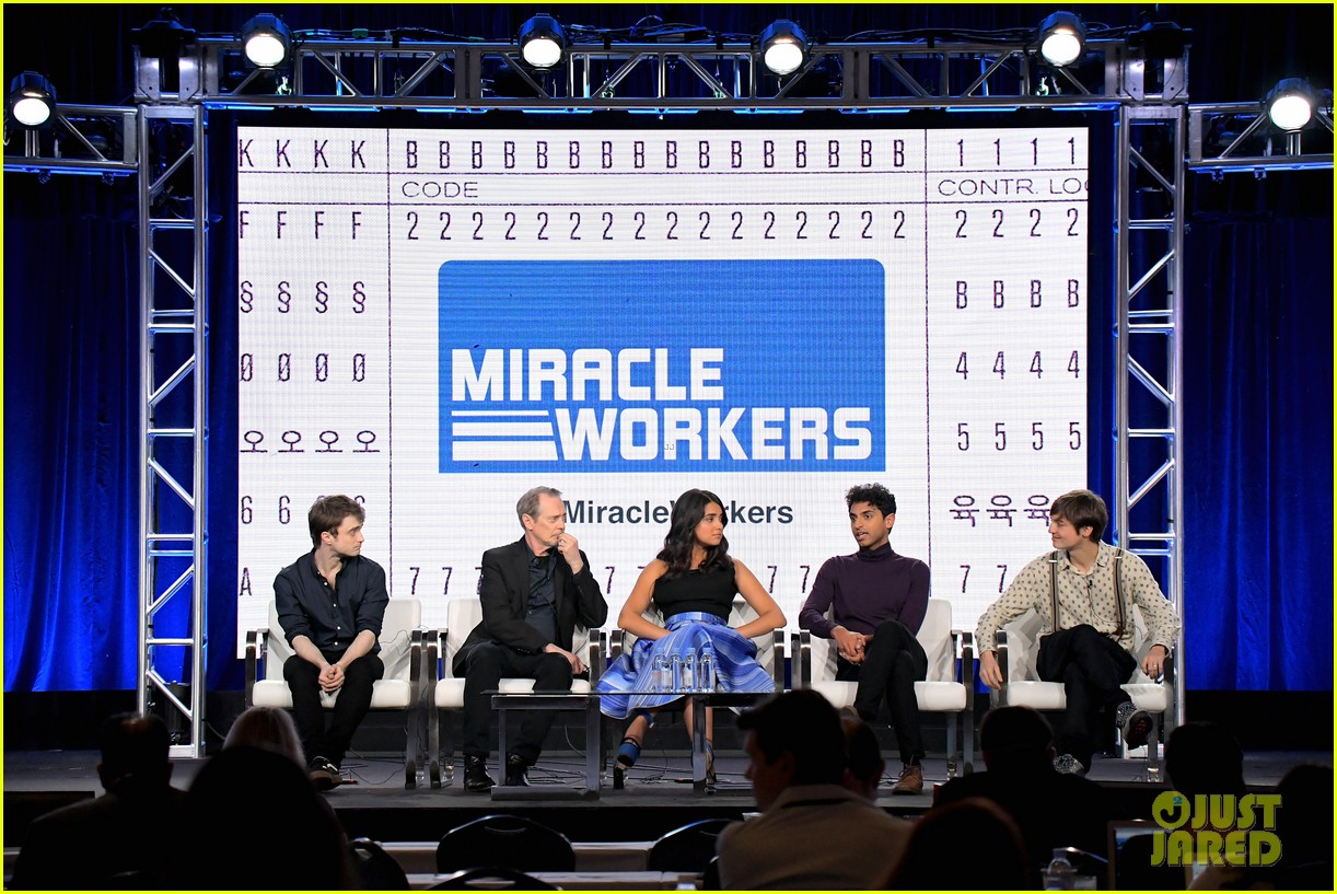 daniel radcliffe and steve buscemi bring miracle workers to winter tca tour 2018 184013505