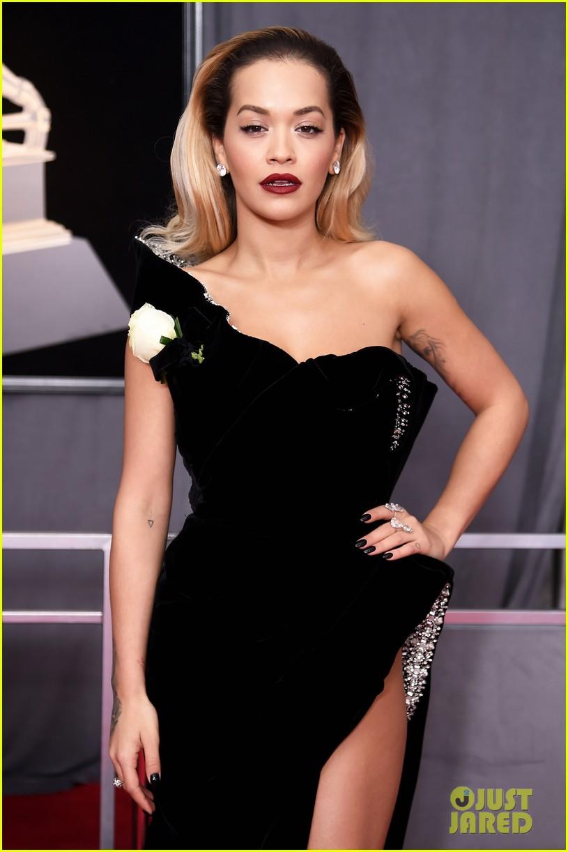 Rita Ora Looks Glamorous on the Red Carpet at Grammys 2018 ...