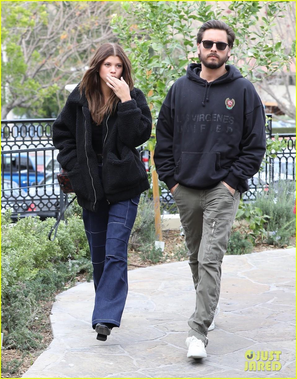 Sofia Richie & Scott Disick Head to a Sushi Lunch Date