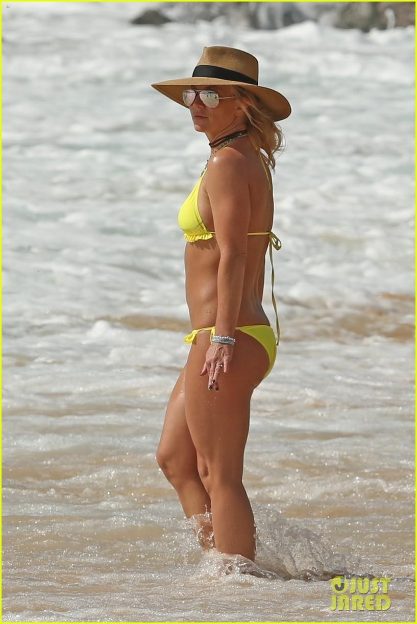 britney spears hits the beach in hawaii in a yellow bikini 244014023