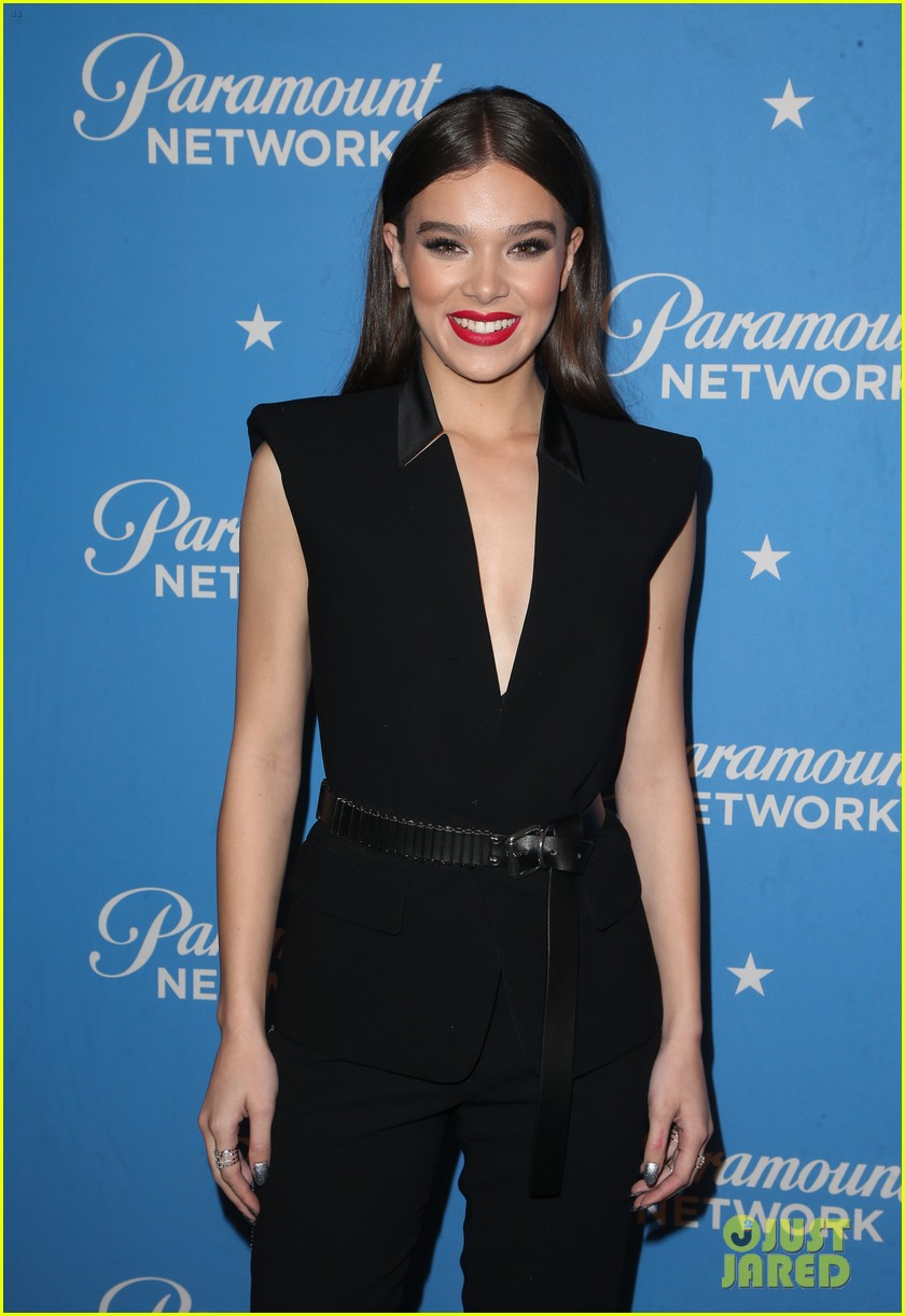 Hailee Steinfeld is a Beauty in Black at Paramount Network Launch ...