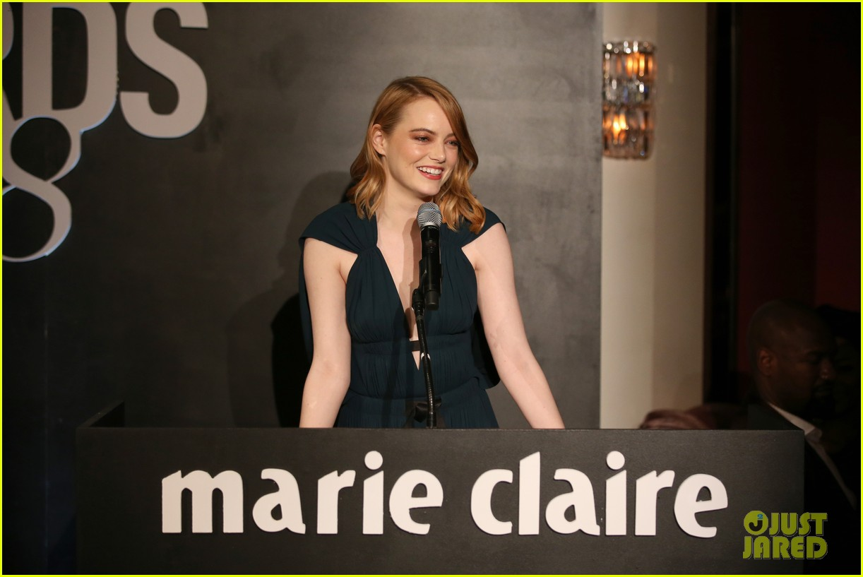 emma stone goes glam in green for marie claire image makers awards 024013473