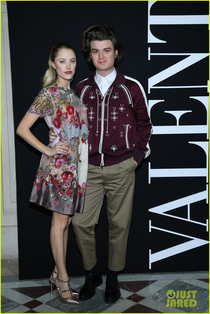 joe keery and maika monroe join mark ruffalo and dave franco at valentino show 014016042