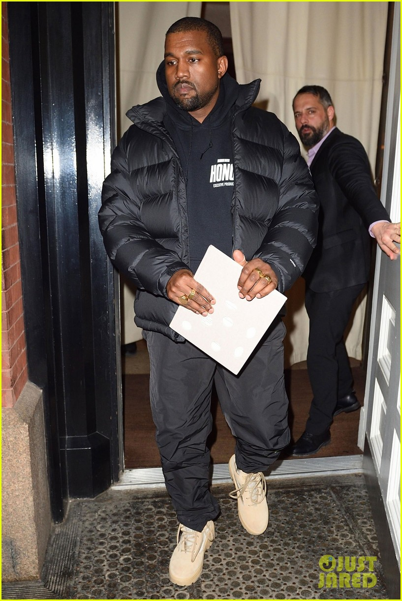 kanye west gets some work done in nyc 014020806