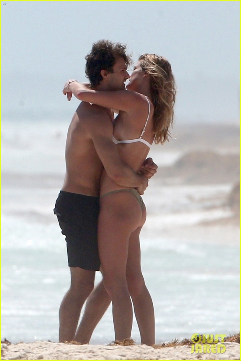 nina agdal jack brinkley cook flaunt pda in mexico 054037718