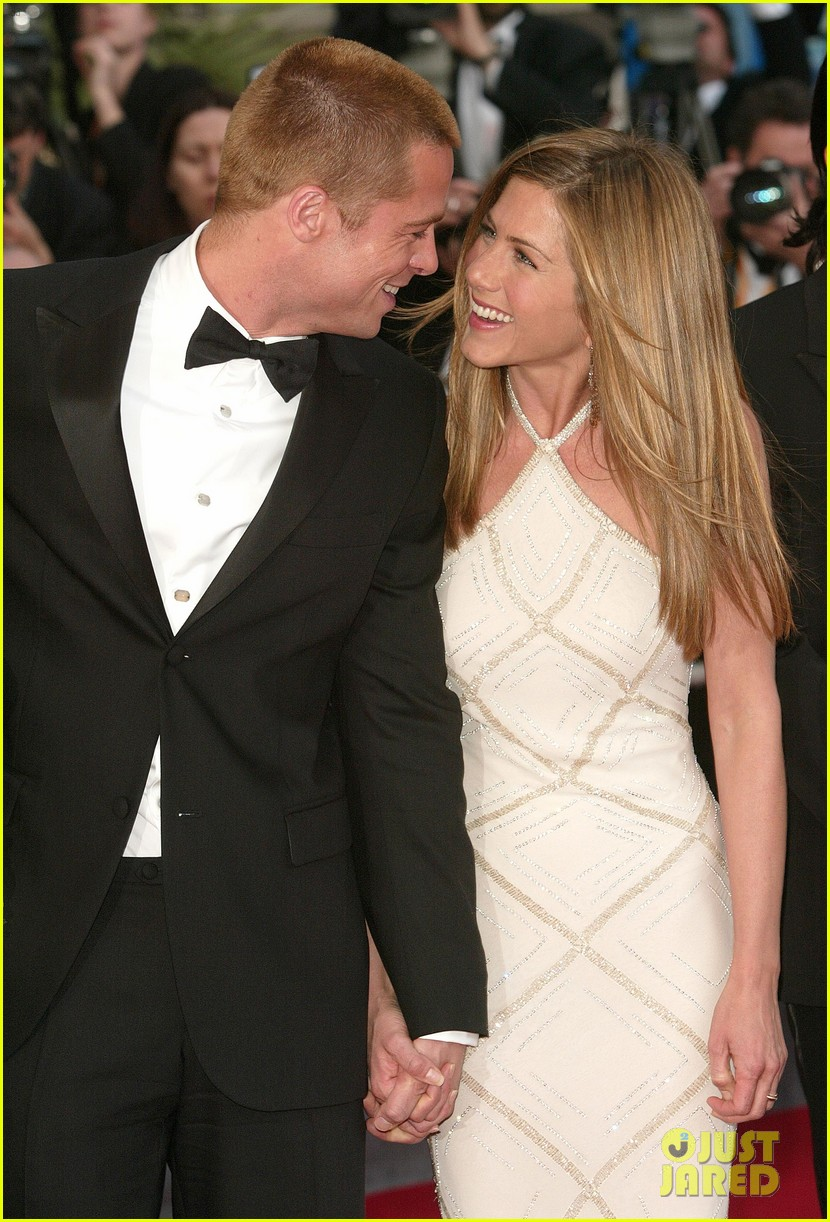 jennifer aniston brad pitt are both single 014034088
