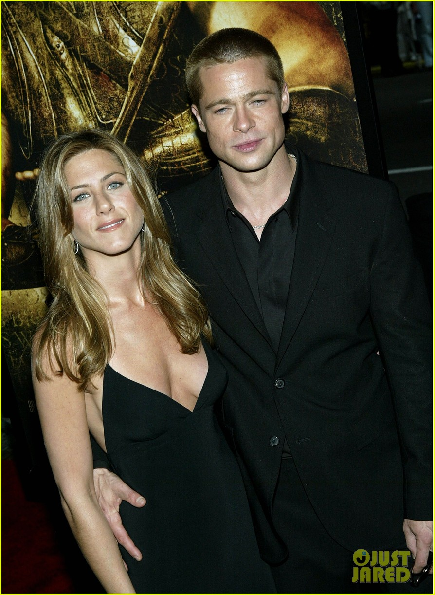 brad pitt and jennifer aniston dating again