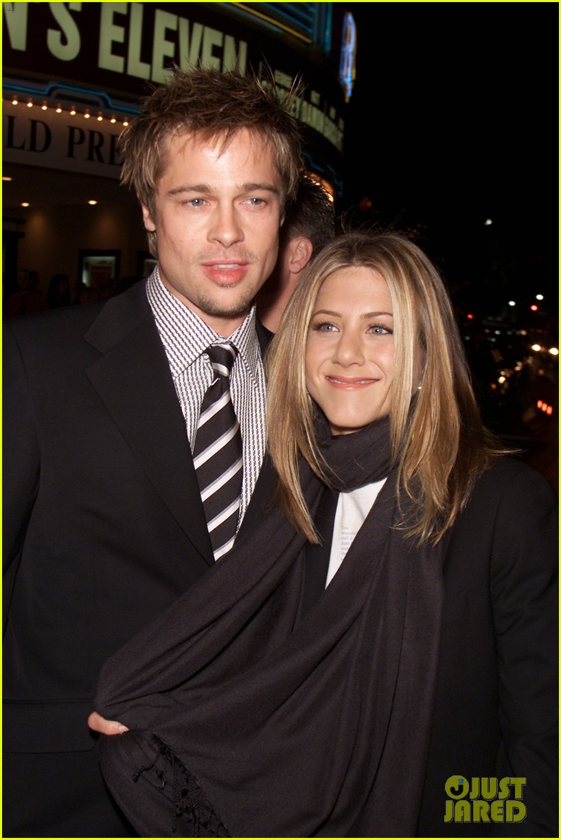 jennifer aniston brad pitt are both single 044034091