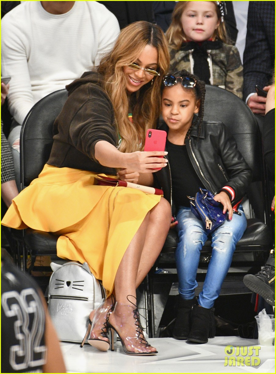 beyonce blue ivy all star game 044035472