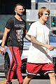 justin bieber and hot pastor carl lentz grab lunch together 01
