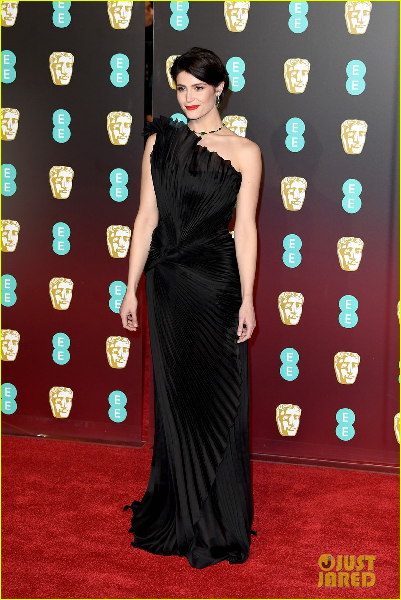 celebrities wearing black baftas 114035138