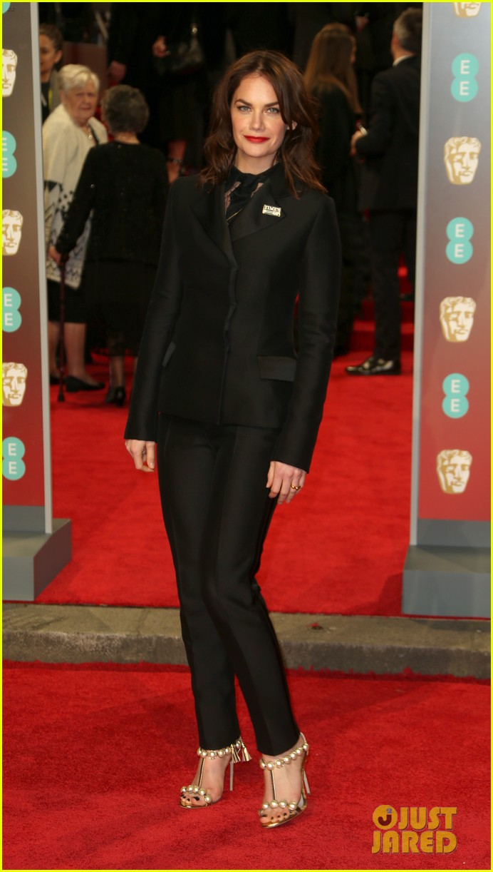 celebrities wearing black baftas 224035149