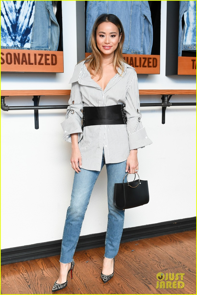 brittany snow jamie chung levis shopbop collab 014038377
