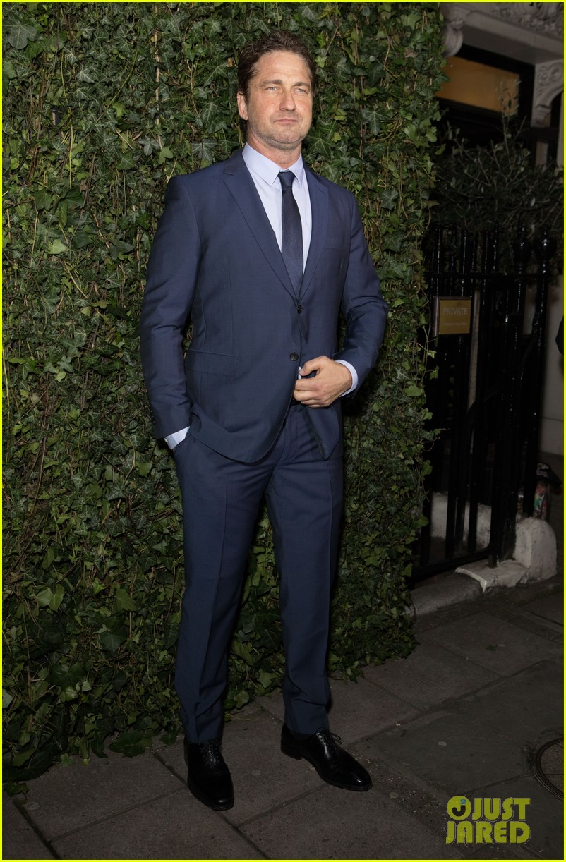 gerard butler suits up for chanel pre bafta party 094034919