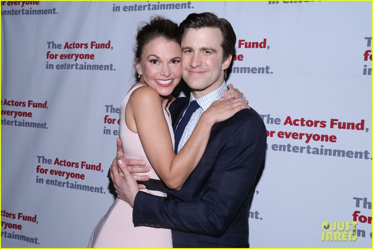 sutton foster gavin creel team up for thoroughly modern millie reunion concert 054032093