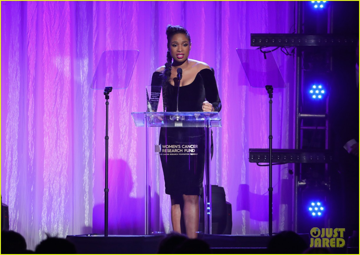 jennifer hudson belts her acceptance speech at wcrfs an unforgettable evening 024040792