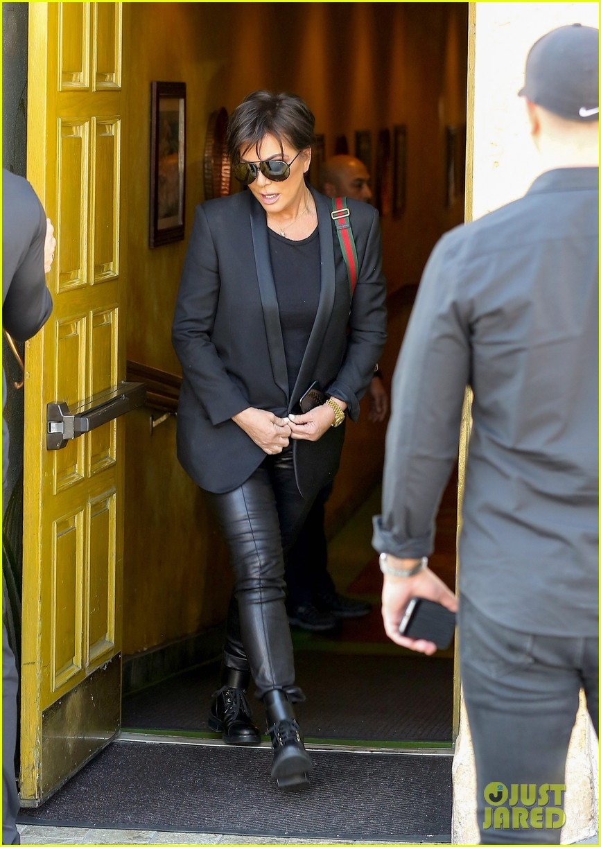 kim kardashian wears form fitting clothes for lunch with family 254033983