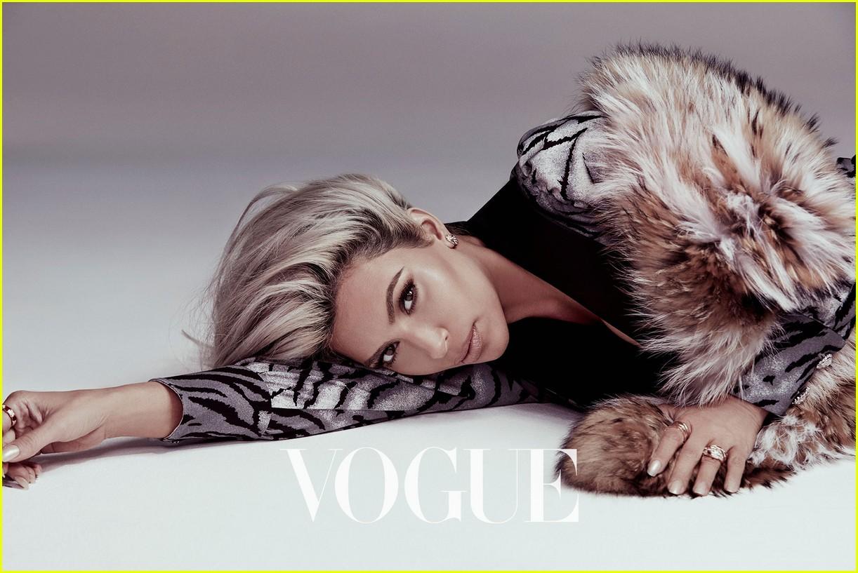 kim kardashian vogue taiwan beauty february 2018 034030427