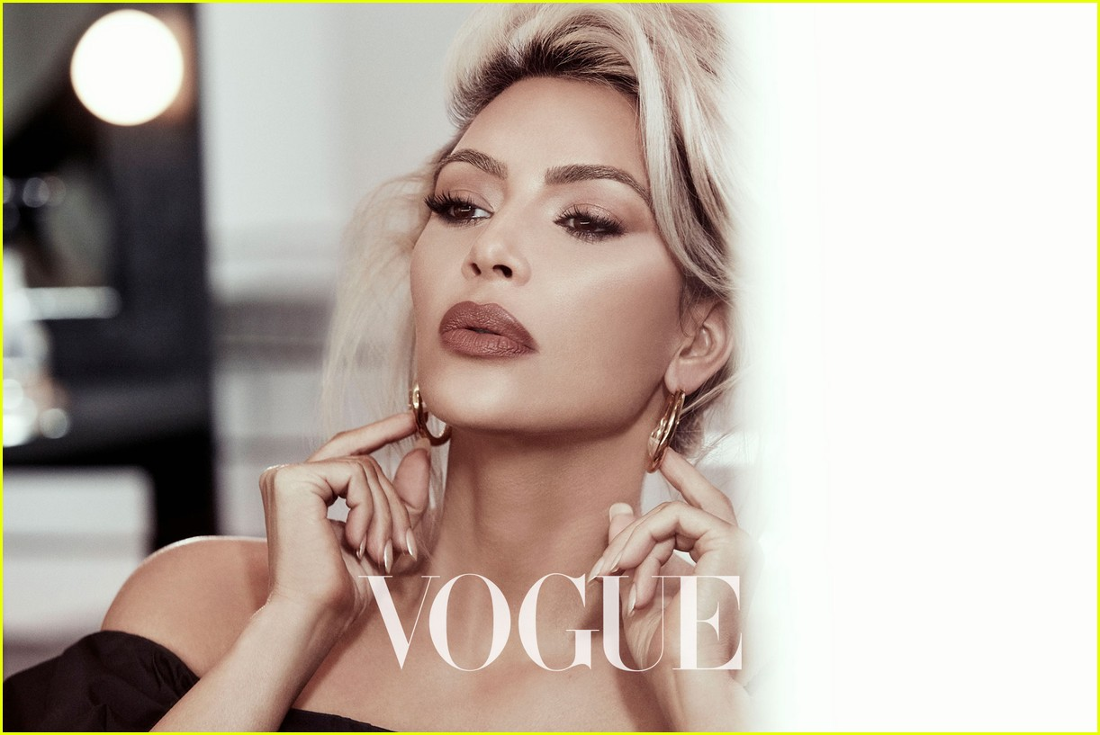 kim kardashian vogue taiwan beauty february 2018 044030428