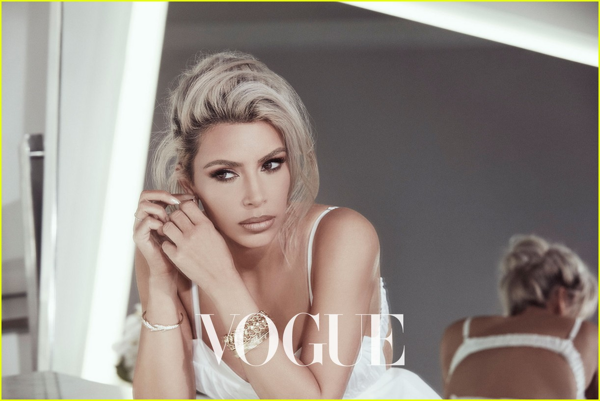 kim kardashian vogue taiwan beauty february 2018 064030430